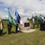 Galerii: täna avati mälestuskivi legendaarsele metsavennale Endel Redlichile – Lääne Elu